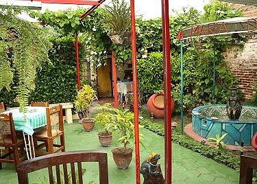 Hostal maria y jose en santiago de cuba alquiler de for Casa mansion los jardines havana