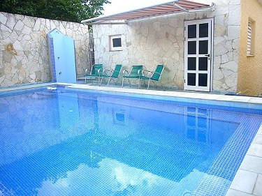 Casa alfonso y diana con alberca piscina en guanabo for Casas con piscina en la habana