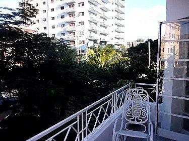 Apartamento casablanca en vedado habana for Terraza del apartamento