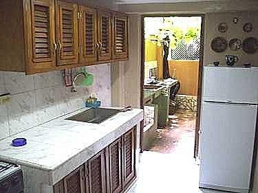 Alquiler de la casa de humberto en vedado la habana cuba for Cocinas para patios